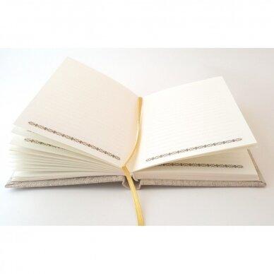 Užrašų knyga drobiniais viršeliais su medine detale 5